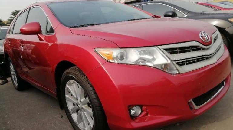 Foreign Used Toyota Venza 2010 Model Red-0