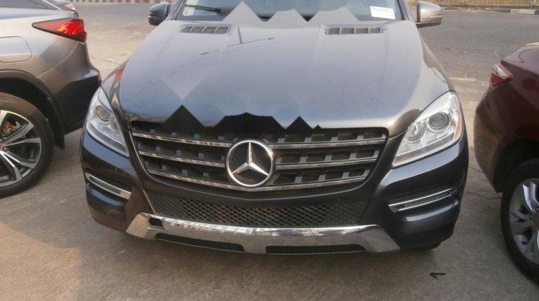 Tokunbo Mercedes-Benz ML350 2014 Model Gray-0