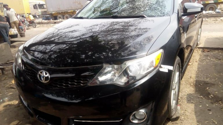 Foreign Used Toyota Camry 2012 Model Black -2