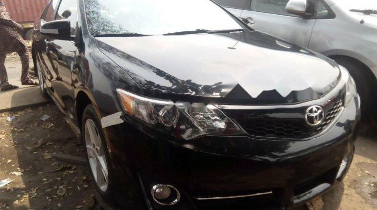 Foreign Used Toyota Camry 2012 Model Black -1