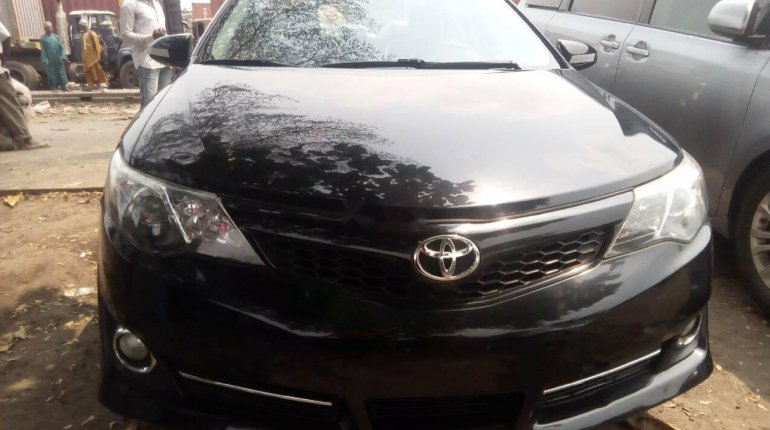 Foreign Used Toyota Camry 2012 Model Black -0