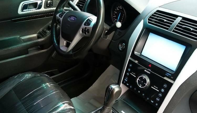 Foreign Used Ford Explorer 2012 Model Gray-2