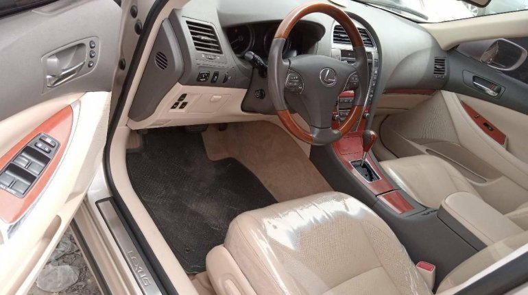 Foreign Used Lexus ES 2010 Model Gold-2