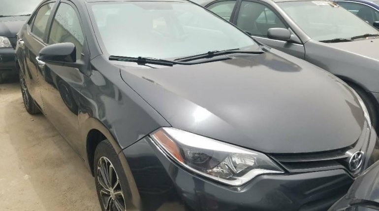 Foreign Used Toyota Corolla 2015 Model Black -0