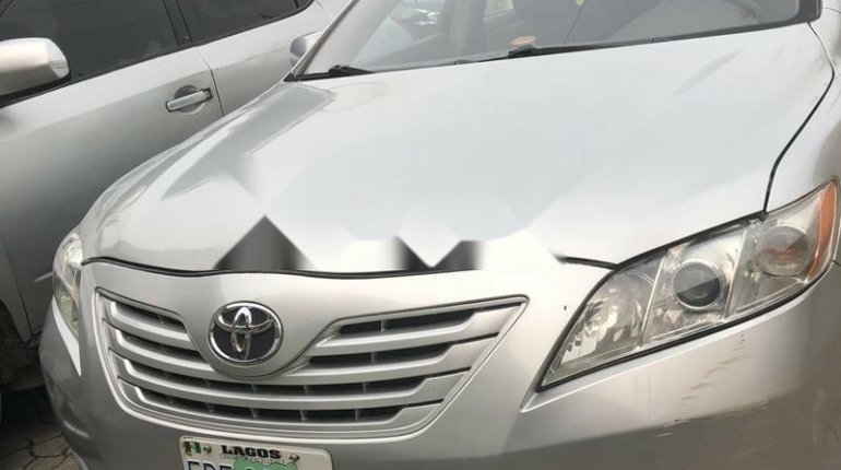 Nigeria Used Toyota Camry 2008 Model Silver -4