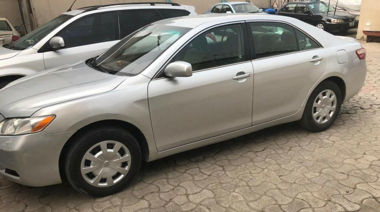 Nigeria Used Toyota Camry 2008 Model Silver -9