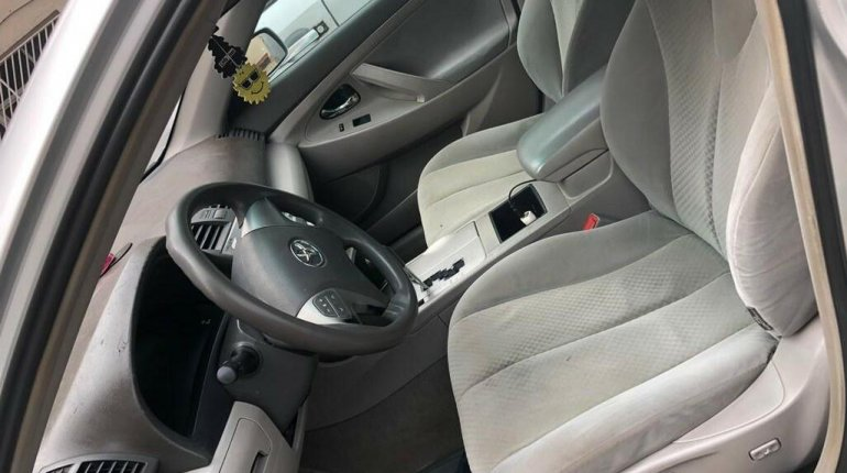 Nigeria Used Toyota Camry 2008 Model Silver -8