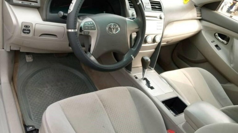 Nigeria Used Toyota Camry 2008 Model Silver -11