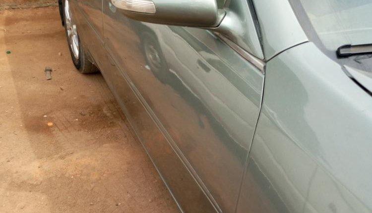 Nigeria Used Toyota Camry 2006 Model Silver-3