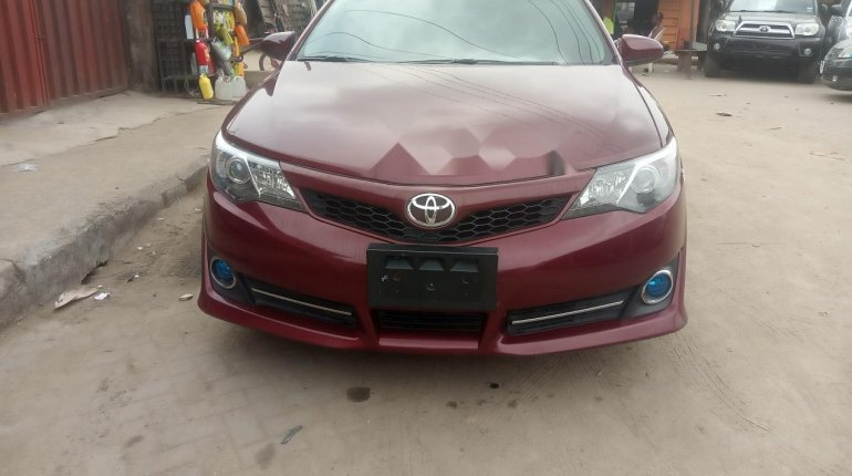 Foreign Used Toyota Camry 2013 Model Red-0