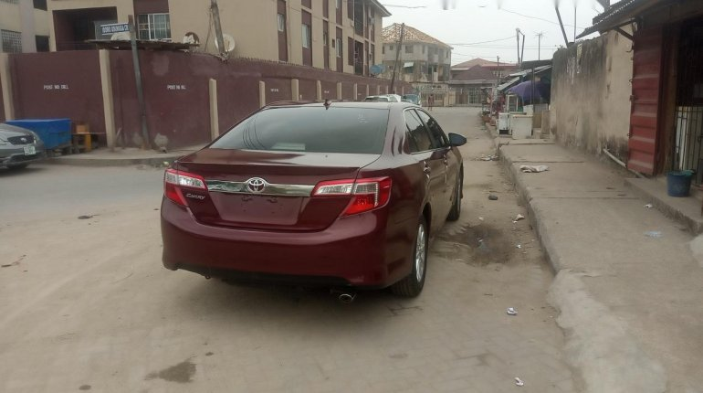 Foreign Used Toyota Camry 2013 Model Red-1