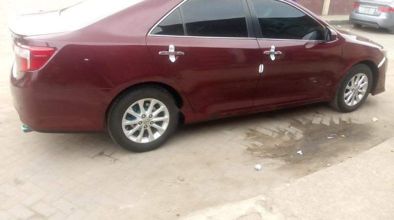 Foreign Used Toyota Camry 2013 Model Red-3