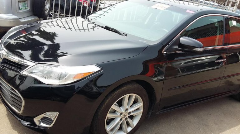 Very Clean Toyota Avalon Xle 2015 Model-2