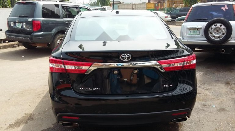 Very Clean Toyota Avalon Xle 2015 Model-1