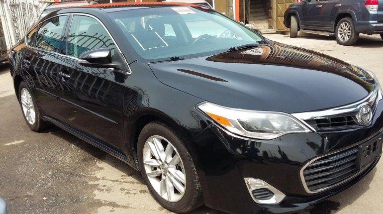 Very Clean Toyota Avalon Xle 2015 Model-3