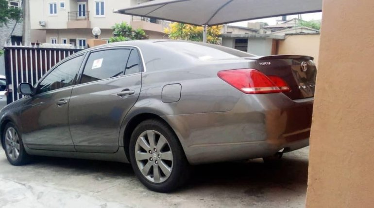 Tokunbo Toyota Avalon 2007 Model for sale-2