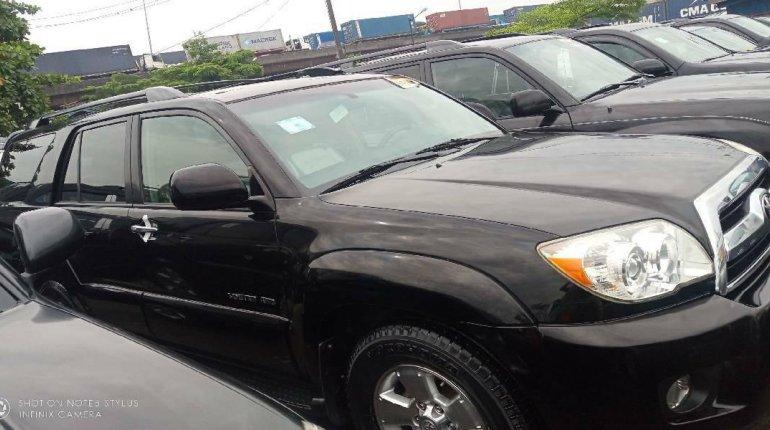 Clean Toyota 4-Runner 2008 Model for sale-2