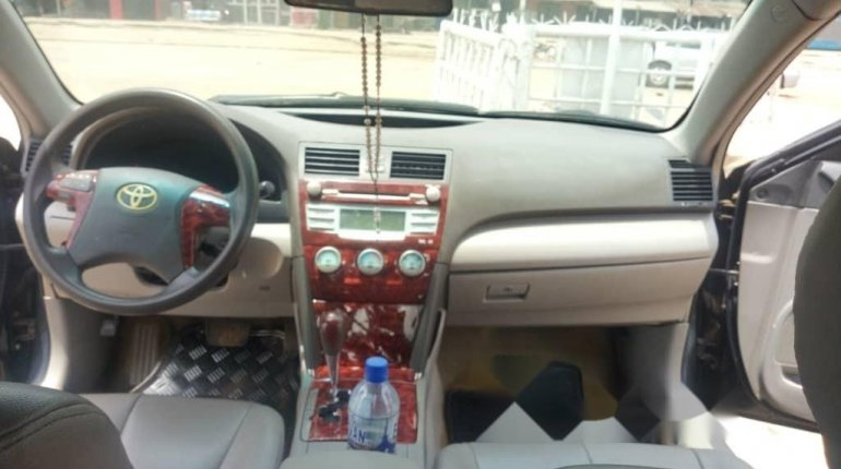 Very Clean Toyota Camry 2008 for sale-3