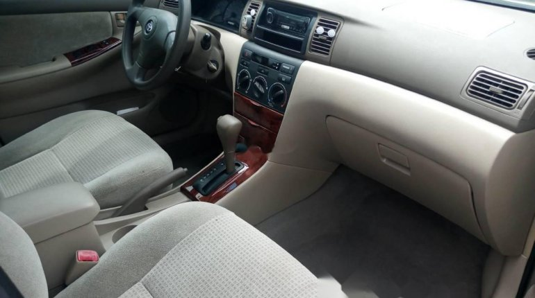 Foreign Used 2007 Gold Toyota Corolla for sale in Lagos. -2