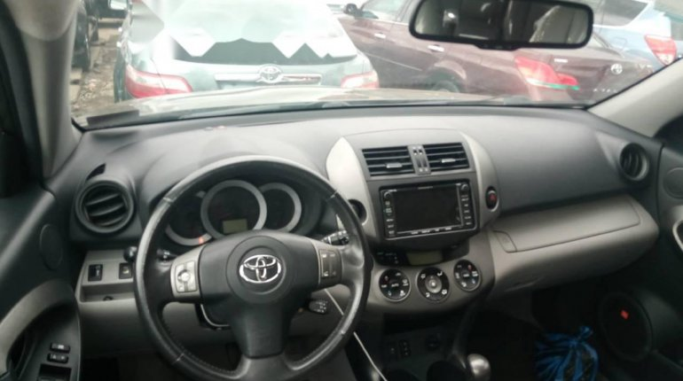 Foreign Used 2010 Gold Toyota RAV4 for sale in Lagos.-2