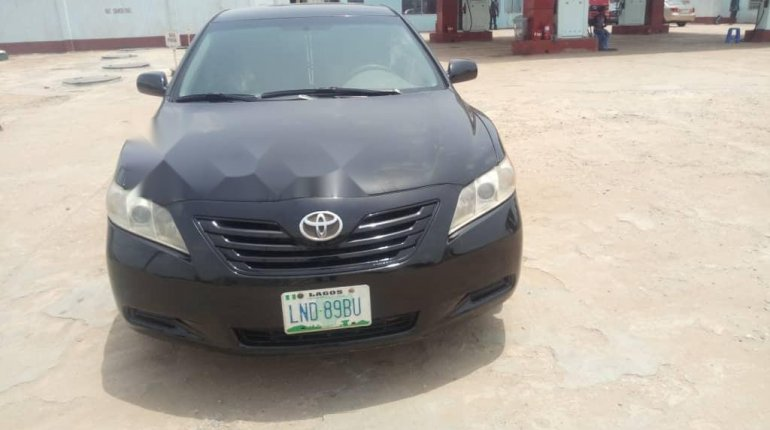 Very Clean Toyota Camry 2008 for sale-6