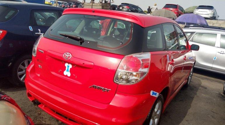 Direct Tokunbo 2005 Toyota Matrix for sale-2