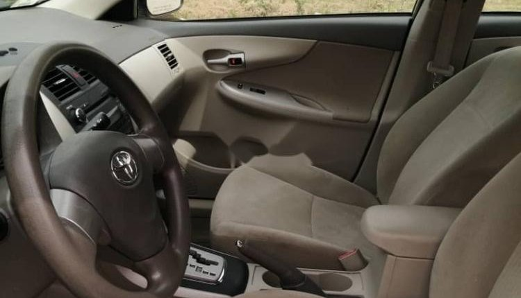 Foreign Used Toyota Corolla 2010 Model Gold -4