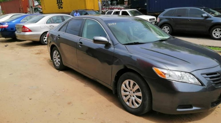 Foreign Used Toyota Camry 2008 Model Gray-1
