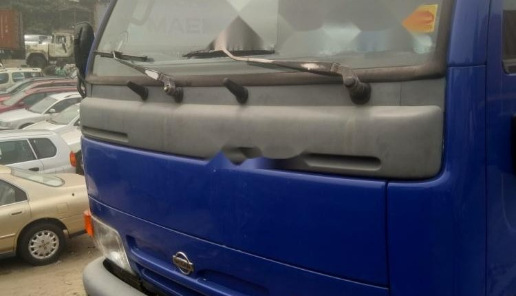 Foreign Used 1998 Blue Nissan Cabstar for sale in Lagos-0