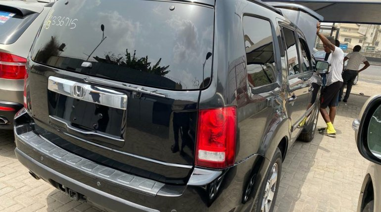 Foreign Used 2009 Black Honda Pilot for sale in Lagos-1