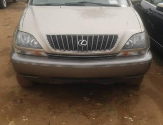 Foreign Used 2001 Gold Lexus RX for sale in Lagos-0