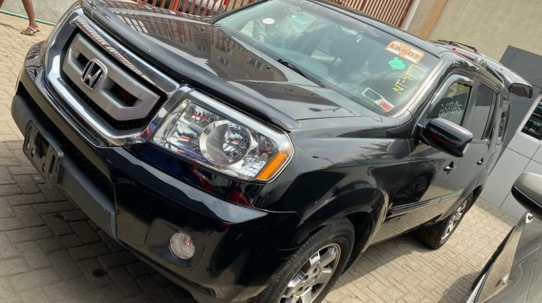 Foreign Used 2009 Black Honda Pilot for sale in Lagos-3