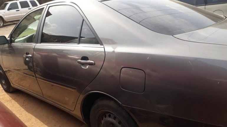 Nigeria Used Toyota Camry 2006 Model Gray-3