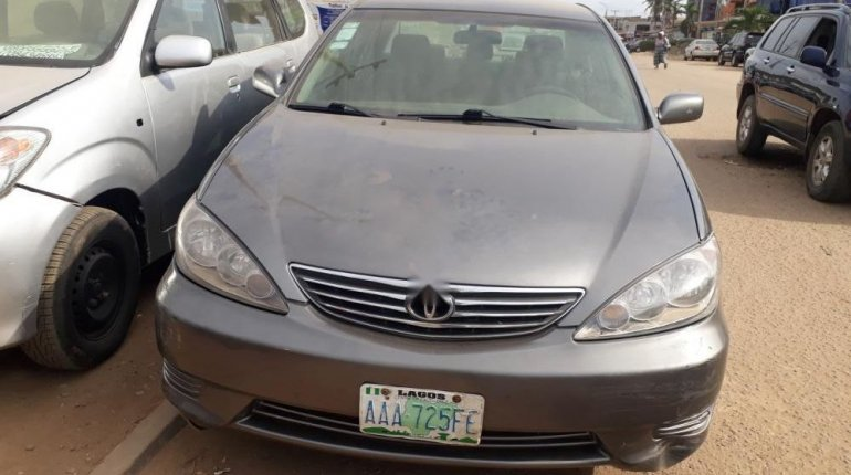 Nigeria Used Toyota Camry 2006 Model Gray-0