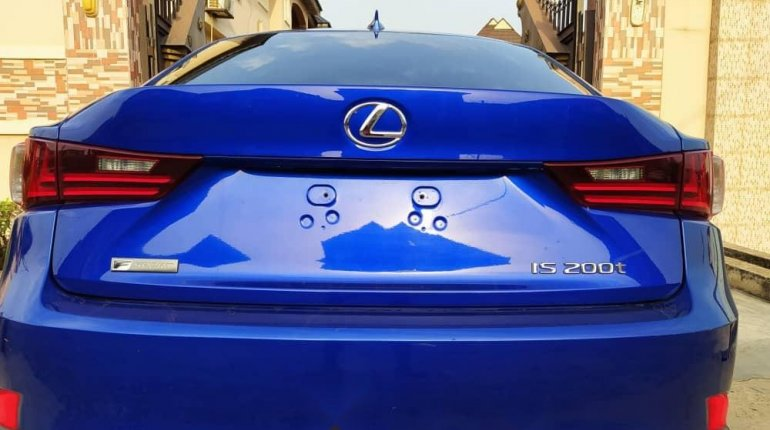 Foreign Used 2016 Blue Lexus IS for sale in Lagos. -1