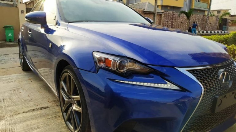 Foreign Used 2016 Blue Lexus IS for sale in Lagos. -0