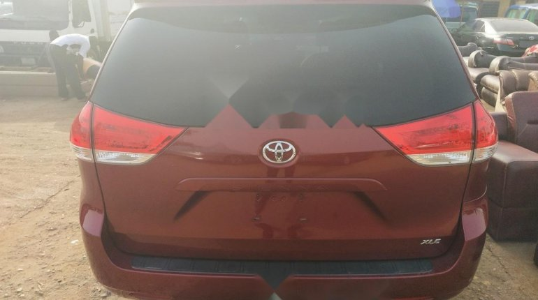 Foreign Used Toyota Sienna 2011 Model-1