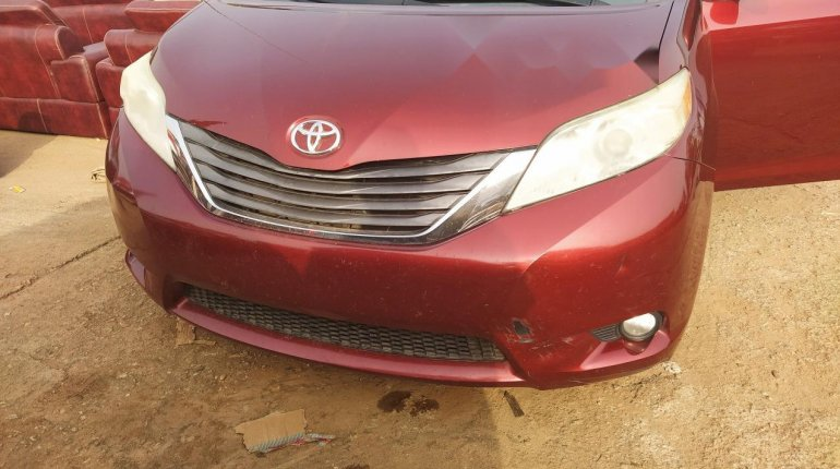 Foreign Used Toyota Sienna 2011 Model-0