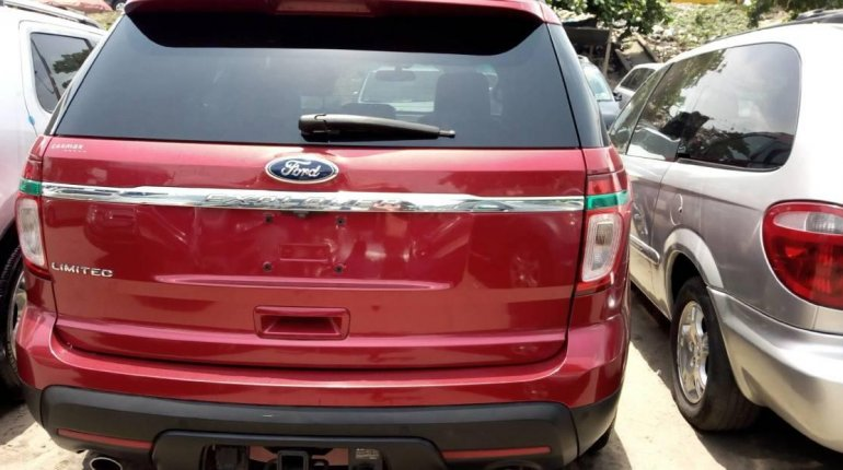 Foreign Used Ford Explorer 2013 Model Red-3