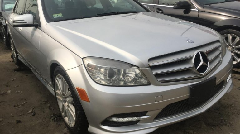 Foreign Used Mercedes-Benz C300 2010 Model Silver-0