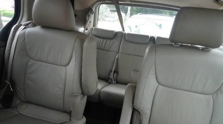 Foreign Used Toyota Sienna 2005 Model Blue-2