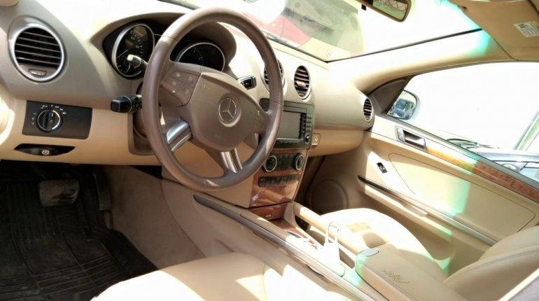 Nigeria Used Mercedes-Benz ML350 2007 Model White-2