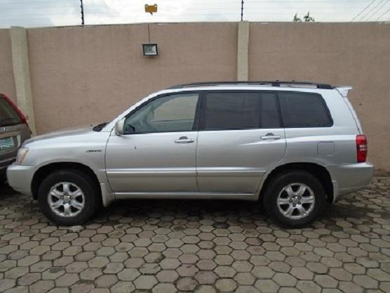 Foreign Used Toyota Highlander 2003 Model Silver-1