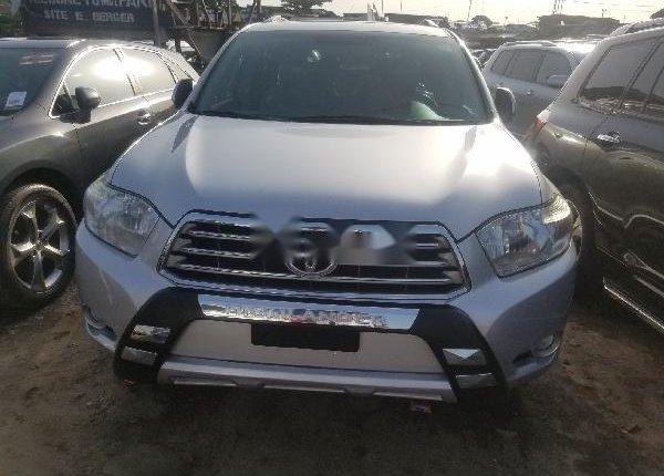 Foreign Used Toyota Highlander 2010 Model Silver-5