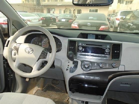 Foreign Used Toyota Sienna 2011 Model Gray-2