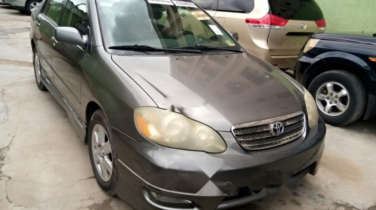 Foreign Used Toyota Corolla 2005 Model Gray-3