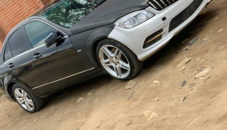 Nigeria Used Mercedes-Benz C300 2009 Model Black-5