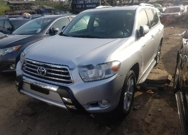 Foreign Used Toyota Highlander 2010 Model Silver-6