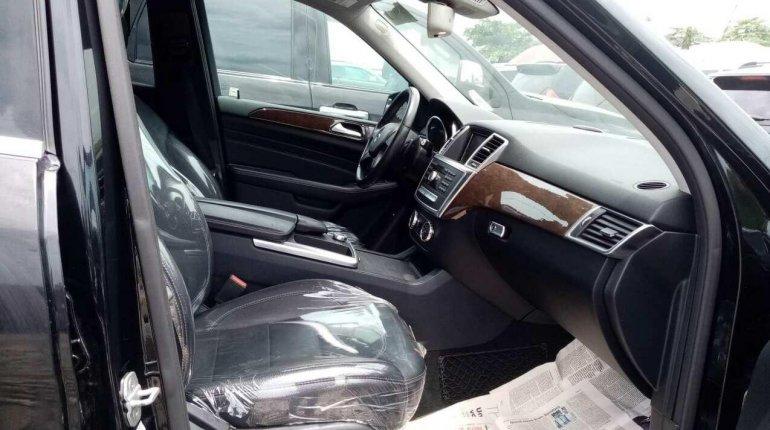 Tokunbo Mercedes-Benz ML350 2013 Model Black-2