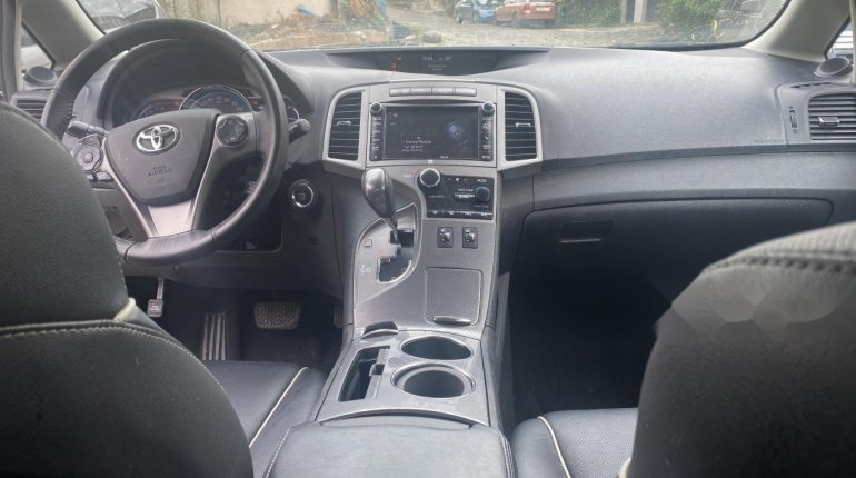 Fullest option 2013/2014 Toyota Venza Limited Edition-4